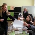Кандидатът ни за кмет Диан Цонев и семейството му гласуваха