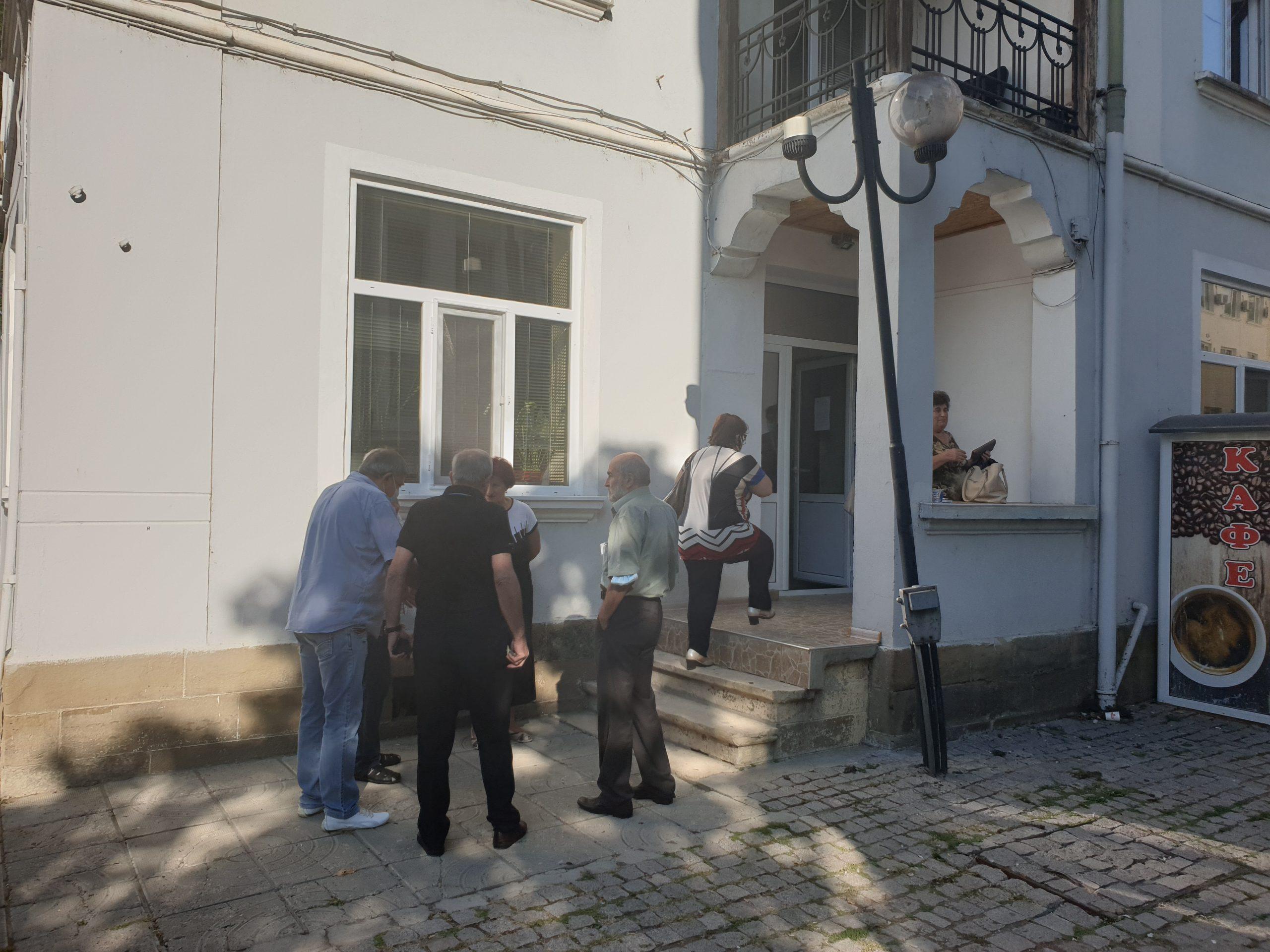 Изборният ден в община Търговище започна нормално